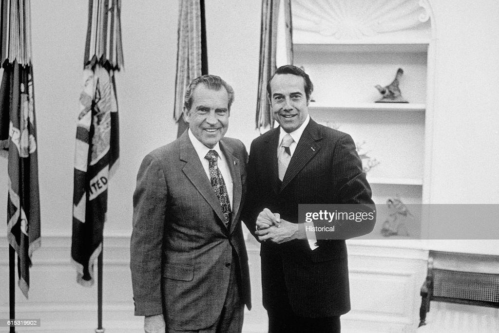 nixon office. Richard Nixon And Bob Dole Pose In The Oval Office. Office E