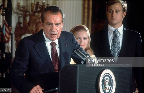 Richard Nixon announces his resignation from the White House 9th August 1974