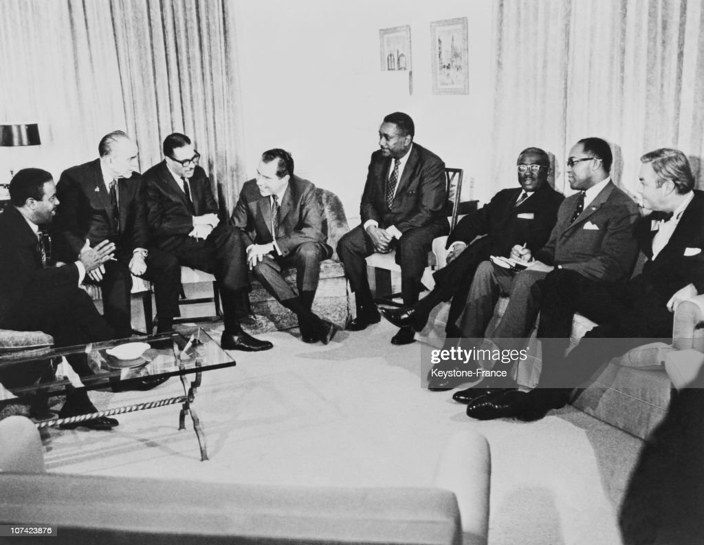 Richard Nixon Chatting With Black Leaders In New York : News Photo