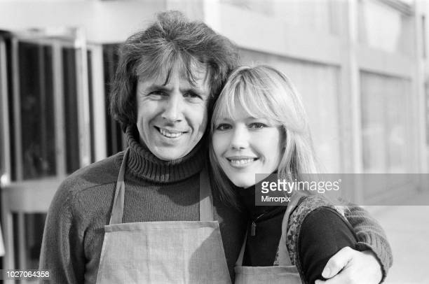 Richard O'Sullivan and Tessa Wyatt pose for the photocall for the ITV sitcom 'Robin's Nest, 4th January 1977.