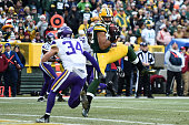 Minnesota Vikings v Green Bay Packers