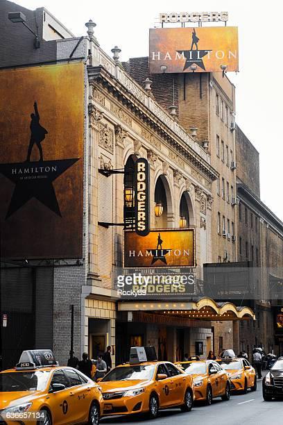 richard rodgers theatre hosting the hamilton musical - hamiltonmusical stock-fotos und bilder