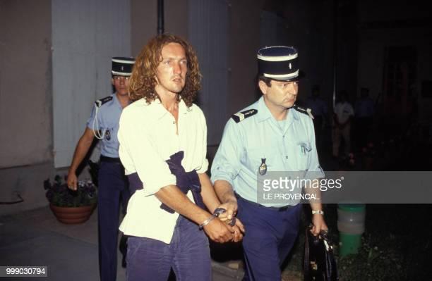Richard Roman l'un des assassins présumés de la petite Céline Jourdan à la MotteduCaire emmenés par les gendarmes deux jours après la découverte du...