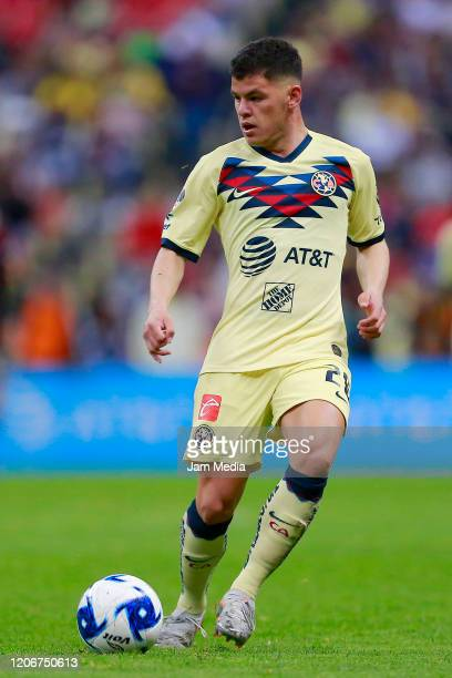 Richard Sanchez of America drives the ball looks on during the 6th round match between America and Atlas as part of the Torneo Clausura 2020 Liga MX...