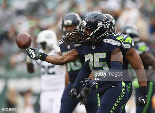 Richard Sherman of the Seattle Seahawks celebrates in the fourth quarter against the New York Jets at MetLife Stadium on October 2 2016 in East...