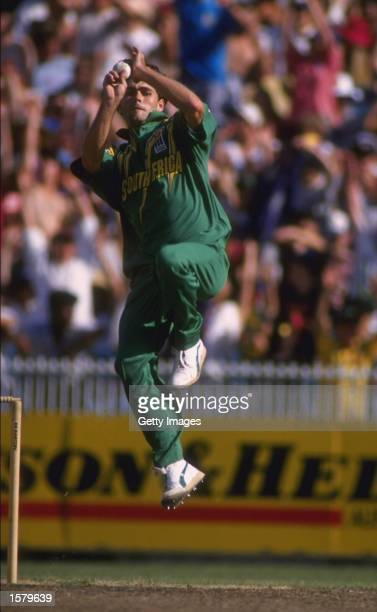 Richard Snell of South Africa in bowling action during the 1992 Cricket World Cup in Australia.