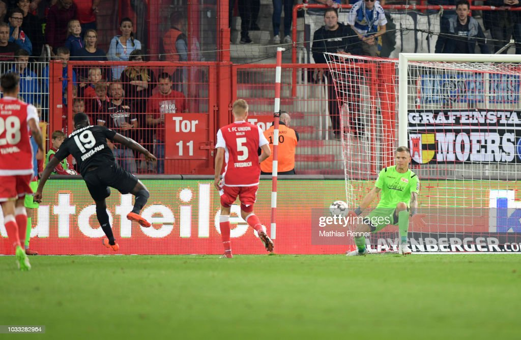 Richard Sukuta-Pasu of MSV Duisburg scores the 1:2 during the game between Union Berlin and the MSV Duisburg at the Stadion an der Alten Foersterei on september 14, 2018 in Berlin, Germany.