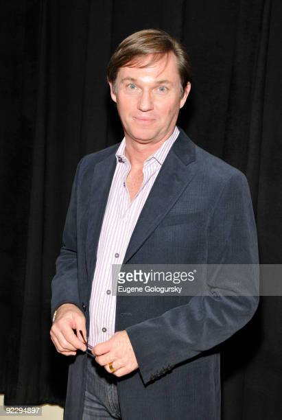 Richard Thomas attends the 'Race' Broadway photo call at the Atlantic Theater Company on October 22 2009 in New York City