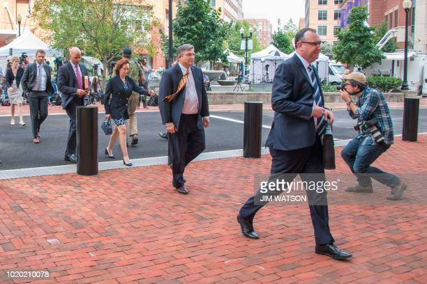 Richard Westling defense attorney for former Trump campaign manager Paul Manafort and Manafort's wife Kathleen Manafort walk to the US Courthouse in...