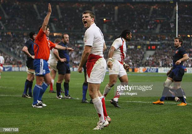 Richard Wigglesworth of England celebrates after scoring a try late in the second half during the RBS Six Nations Championship match between France...