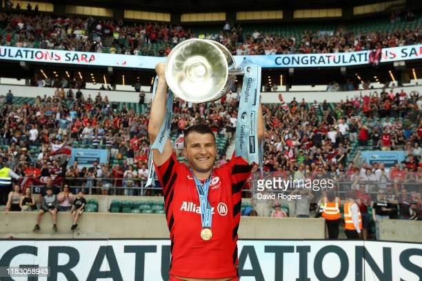 Richard Wigglesworth of Saracens celebrates with the trophy following the Gallagher Premiership Rugby Final between Exeter Chiefs and Saracens at...