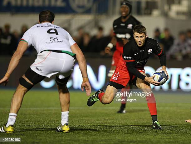 Richard Wigglesworth of Saracens runs with the ball during the European Rugby Champions Cup match between Saracens and Toulouse at Allianz Park on...