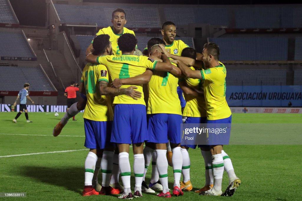Uruguay v Brazil - South American Qualifiers for Qatar 2022 : News Photo
