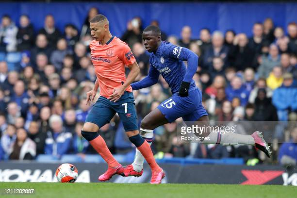 Richarlison of Everton and Kurt Zouma of Chelsea during the Premier League match between Chelsea FC and Everton FC at Stamford Bridge on March 08...
