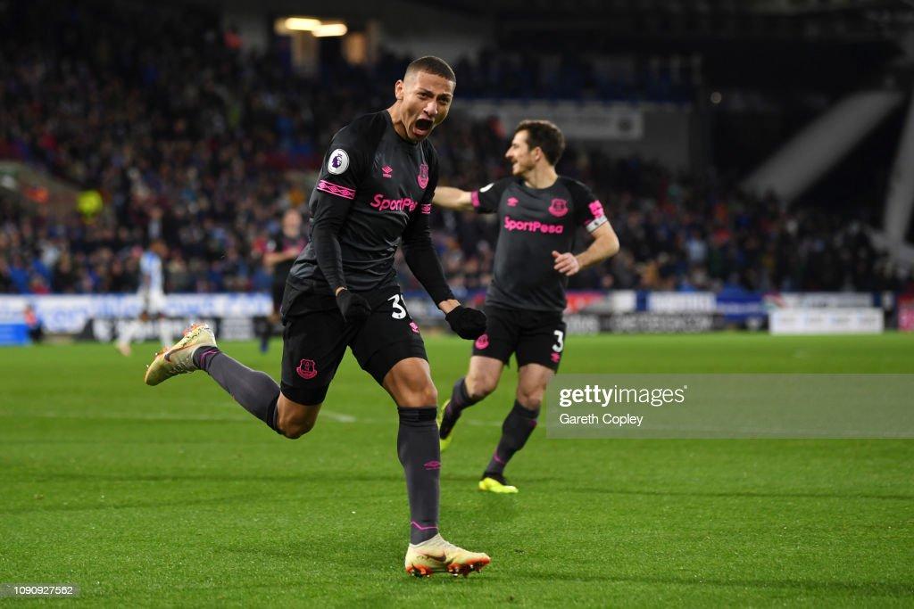 Huddersfield Town v Everton FC - Premier League : News Photo