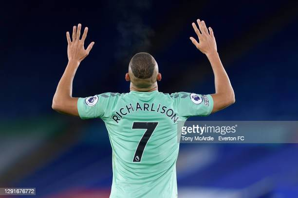 Richarlison of Everton celebrates his goal during the Premier League match between Leicester City and Everton at The King Power Stadium on December...
