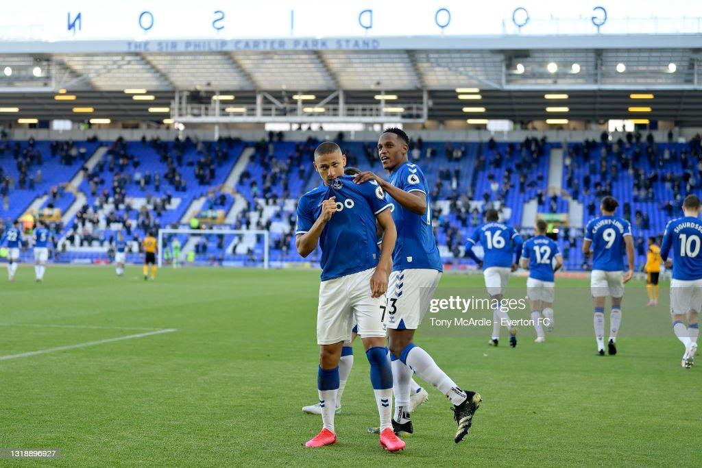 Everton v Wolverhampton Wanderers - Premier League : News Photo