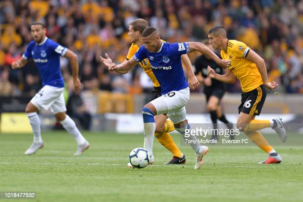 Richarlison of Everton on the ball during the Premier League match between Wolverhampton Wanderers and Everton FC at Molineux on August 11 2018 in...