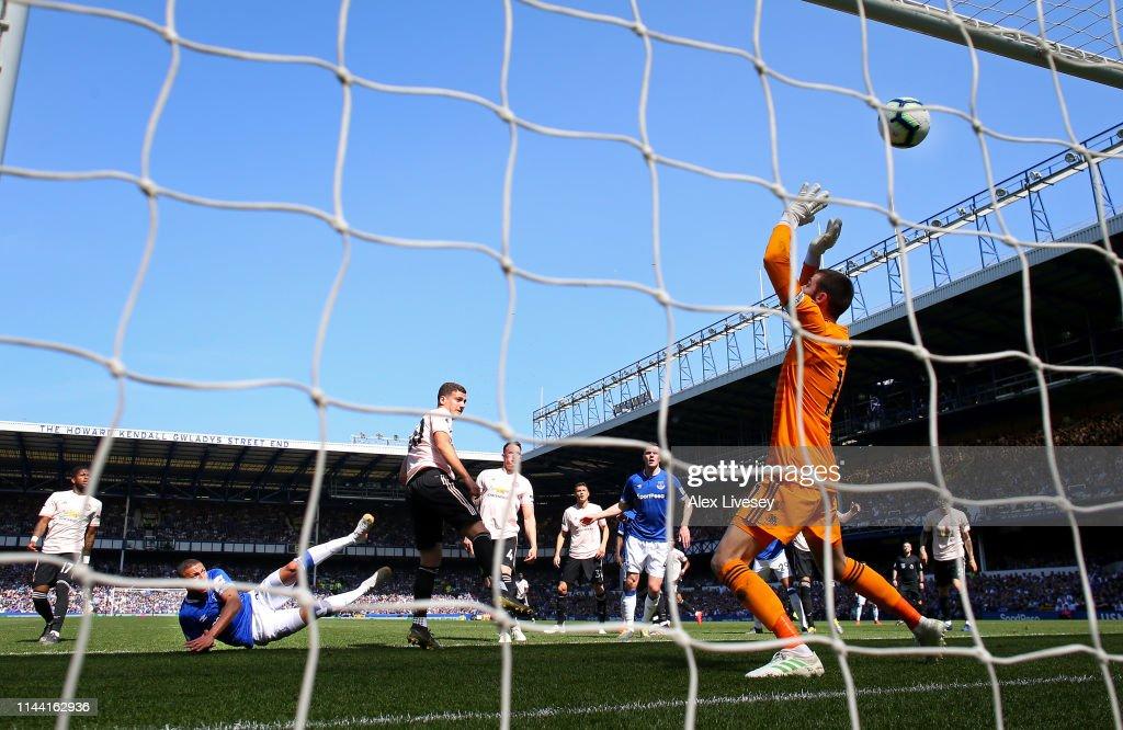 Everton FC v Manchester United - Premier League : News Photo