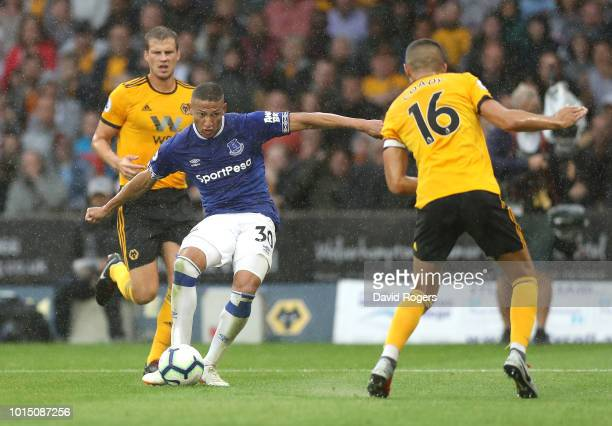 Richarlison of Everton scores his team's second goal during the Premier League match between Wolverhampton Wanderers and Everton FC at Molineux on...