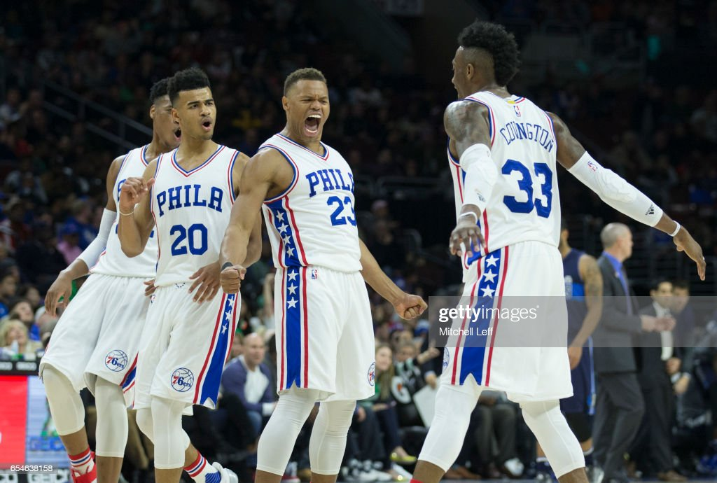 Dallas Mavericks v Philadelphia 76ers : ニュース写真