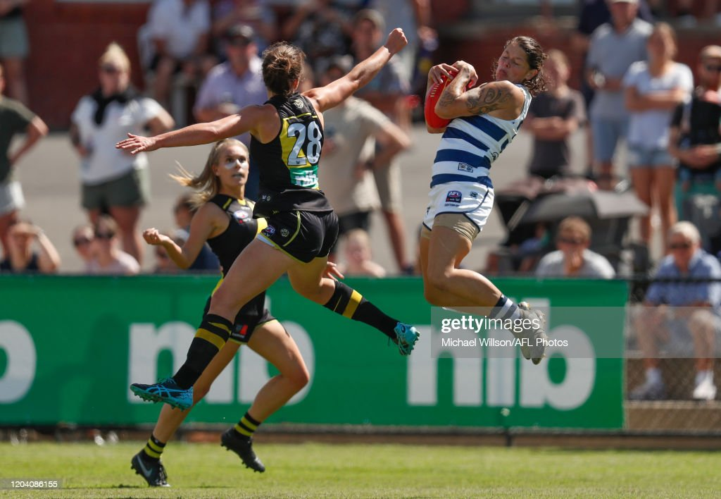 AFLW Rd 4 - Richmond v Geelong : News Photo