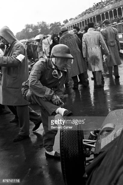 Richie Ginther Ferrari 156 Grand Prix of Great Britain Aintree 15 July 1961 Richie Ginther on the starting grid of the rain soaked 1961 British Grand...
