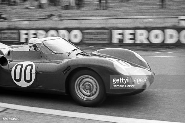 Richie Ginther RoverBRM 24 Hours of Le Mans Le Mans 16 June 1963 Richie Ginther driving the turbine powered RoverBRM in the 1963 24 Hours of Le Mans