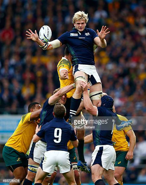 Richie Gray of Scotland offloads the lineout ball during the 2015 Rugby World Cup Quarter Final match between Australia and Scotland at Twickenham...