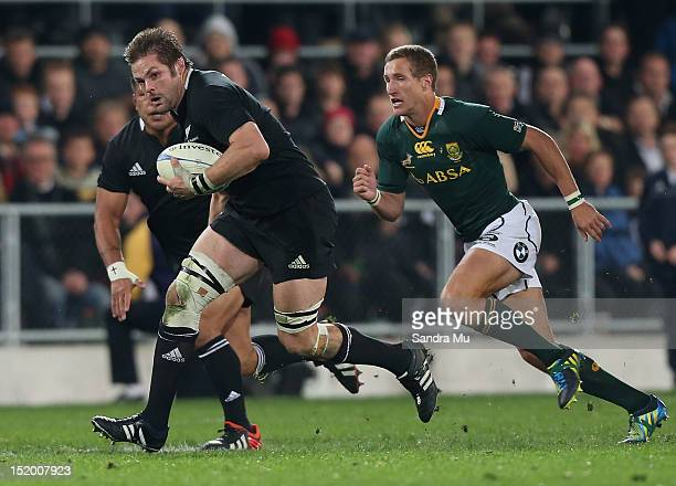 Richie McCaw of the All Blacks in action during the Rugby Championship match between the New Zealand All Blacks and South Africa at Forsyth Barr...