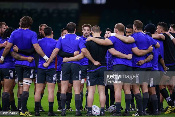 Richie McCaw of the All Blacks talks to the team during a New Zealand All Blacks Captain's Run at Millenium Stadium on October 16 2015 in Cardiff...