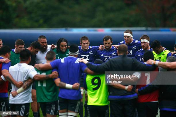 Richie McCaw of the All Blacks talks to the team during a New Zealand All Blacks training session on October 29 2015 in Bagshot United Kingdom