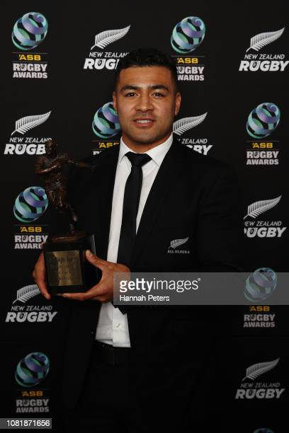 Richie Mo'unga holds the Investec Super Rugby Player of the Year Award during the 2018 ASB Rugby Awards at SkyCity Convention Centre on December 13...