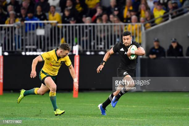 Richie Mo'unga of the All Blacks runs the ball during the 2019 Rugby Championship Test Match between the Australian Wallabies and the New Zealand All...
