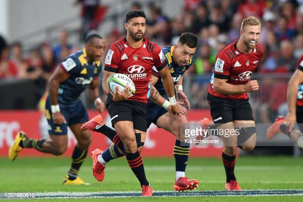 Richie Mo'unga of the Crusaders charges forward during the round four Super Rugby match between the Crusaders and Highlanders at Orangetheory Stadium...