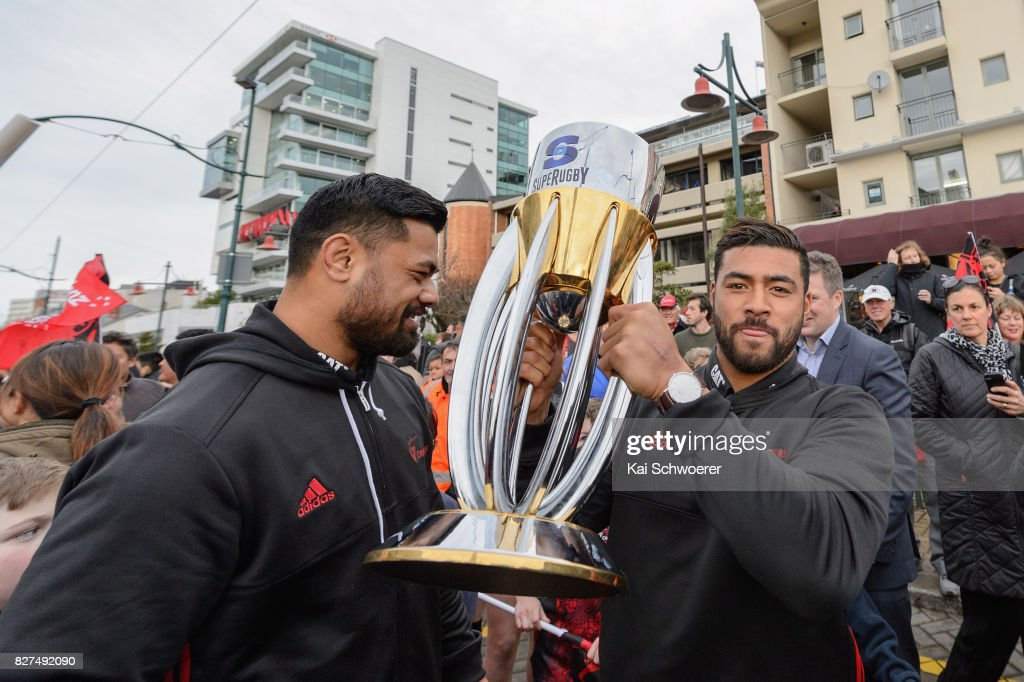 Richie Mo'unga of the Crusaders lifts the Super Rugby Trophy during a parade at Christchurch Art Gallery on August 8, 2017 in Christchurch, New Zealand. The Crusaders beat the Lions to win the 2017 Super Rugby Final on Saturday night in Johannesburg.