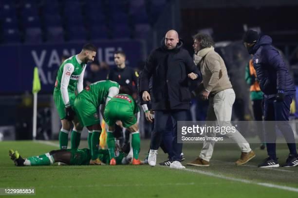Richie Musaba of FC Dordrecht celebrate his goal 0-1, headcoach Ben Kinds of FC Dordrecht, Gianni dos Santos of FC Dordrecht, Jurian Hobbel of FC...
