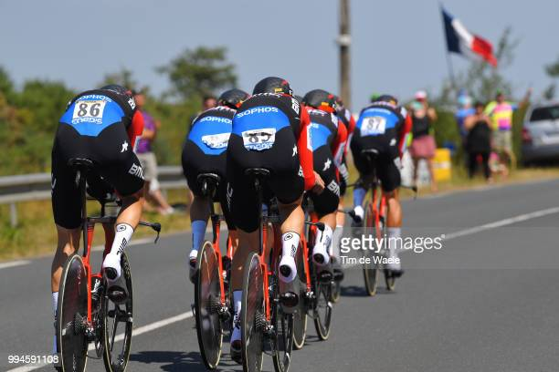 Richie Porte of Australia / Patrick Bevin of New Zealand / Damiano Caruso of Italy / Simon Gerrans of Australia / Stefan Kung of Switzerland /...