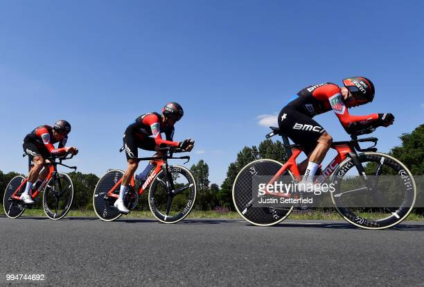 Richie Porte of Australia / Patrick Bevin of New Zealand / Damiano Caruso of Italy / Simon Gerrans of Australia / Stefan Kung of Switzerland /...