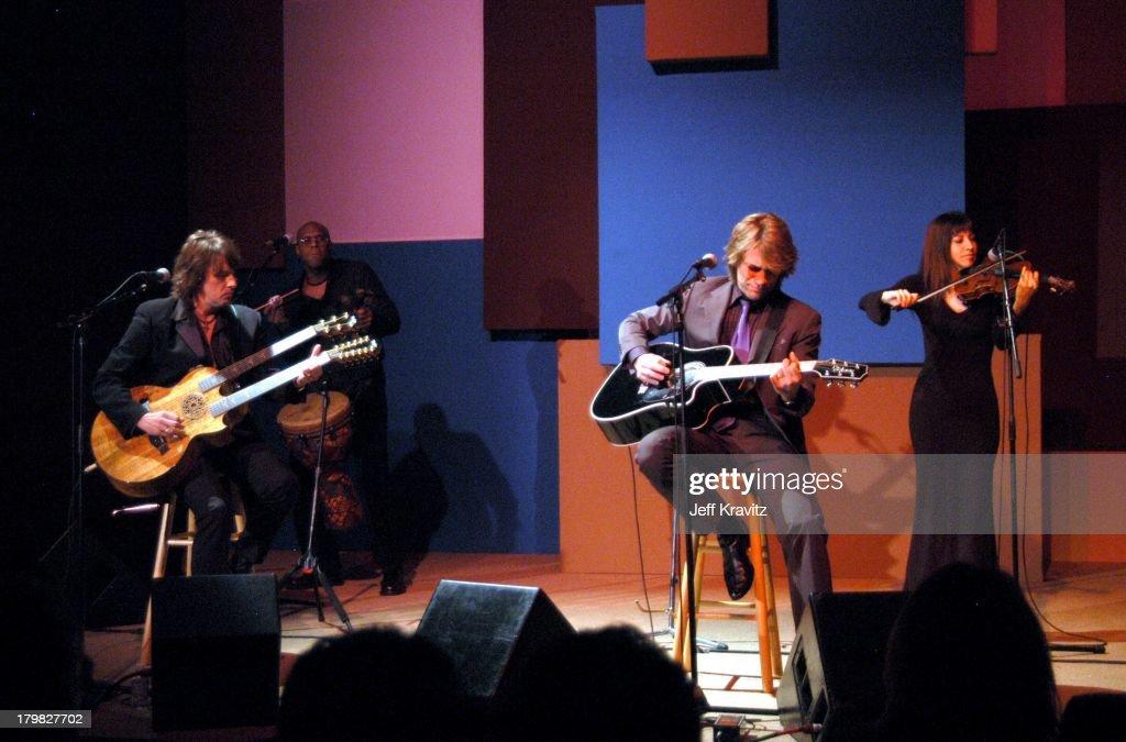 Shoah Foundation Exclusive Performance : News Photo