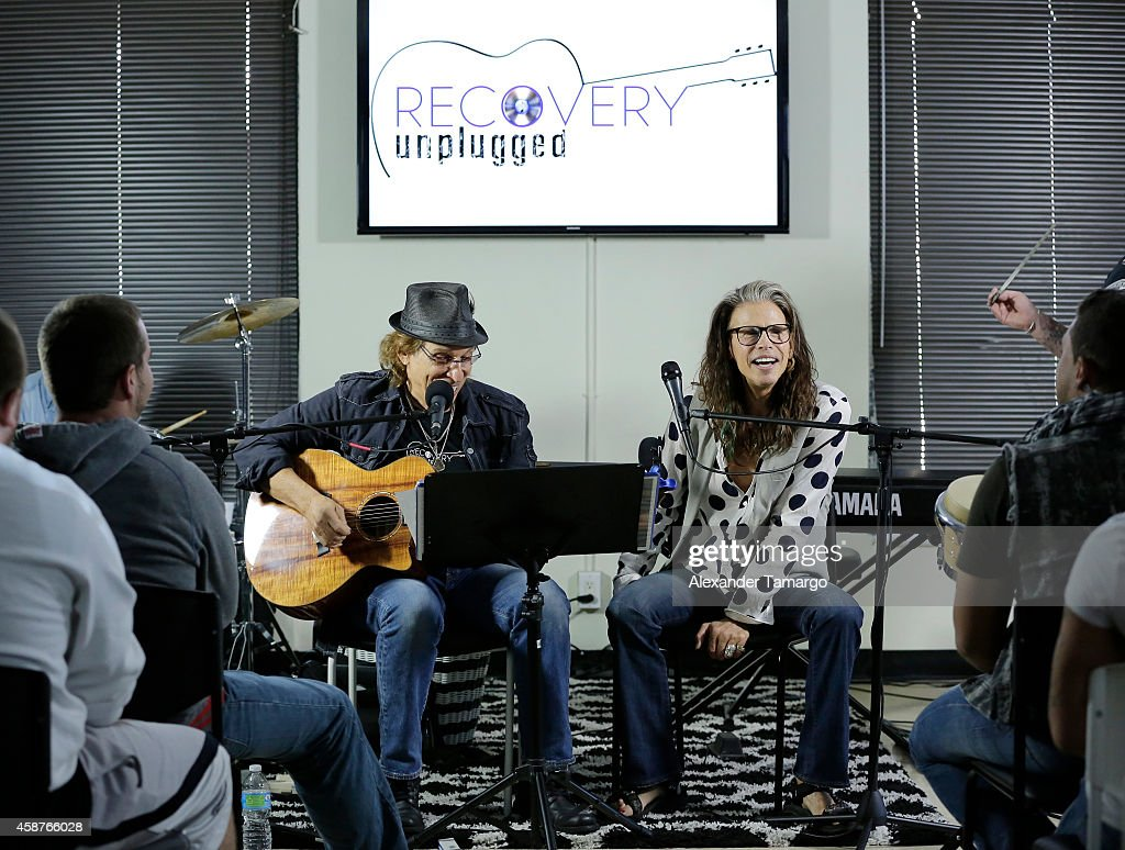 Steven Tyler Guest Speaker At Recovery Unplugged : Nieuwsfoto's
