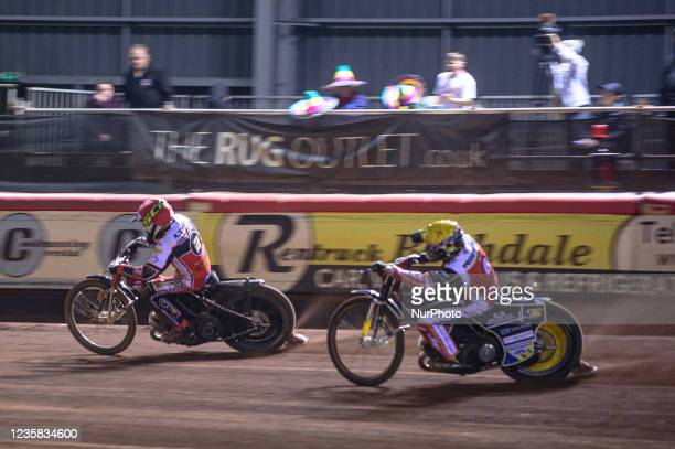 Richie Worrall leads Bjarne Pedersen during the SGB Premiership Grand Final 1st Leg between Belle Vue Aces and Peterborough Panthers at the National...