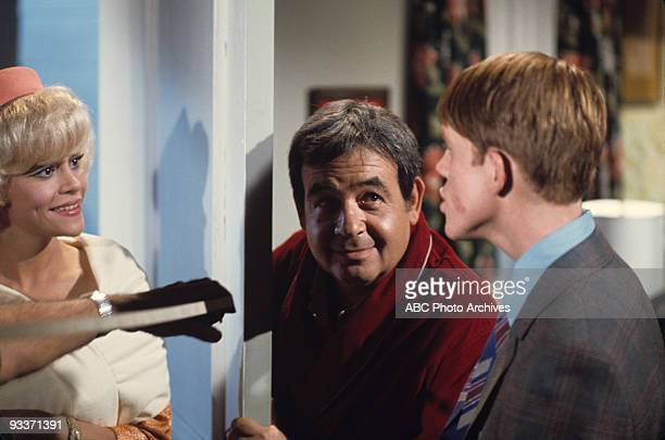 "Richies Cup Runneth Over"" - Season One - 1/4/74 Ron Howard, Louisa Moritz, Tom Bosley"