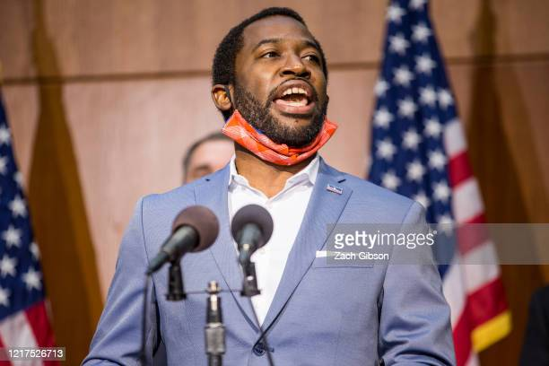 Richmond Mayor Levar Stoney speaks during a news conference on June 4 2020 in Richmond Virginia Mayor Stoney and Virginia Gov Ralph Northam announced...