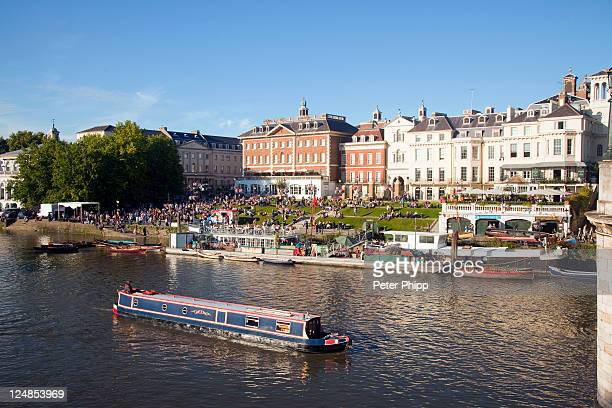 richmond on thames uk - richmond upon thames stock pictures, royalty-free photos & images