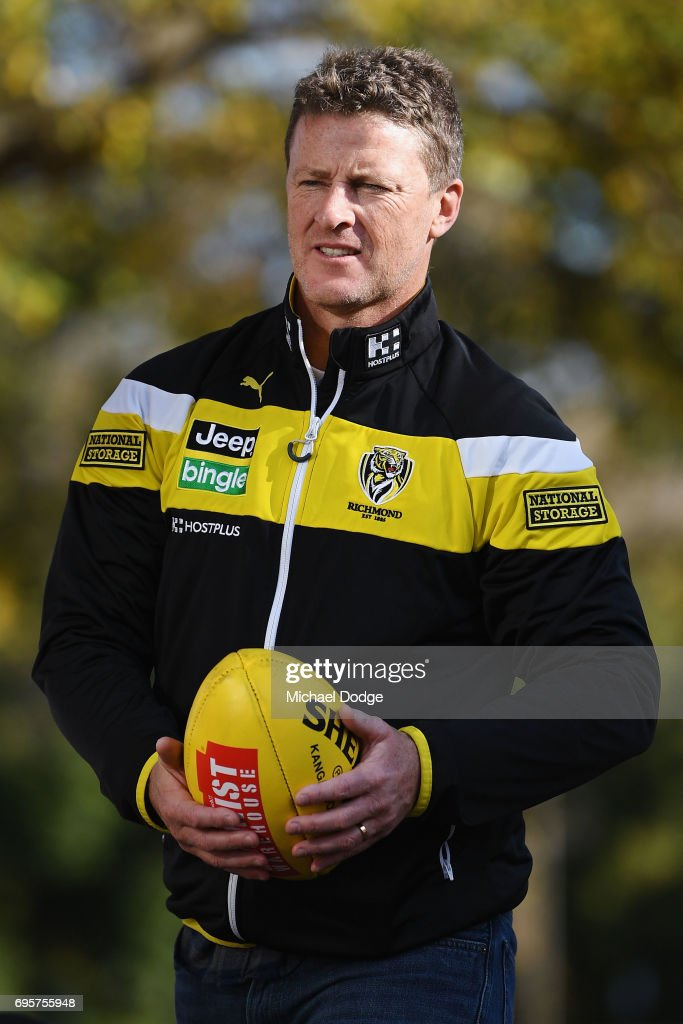 Richmond Tigers head coach Damien Hardwick looks on during