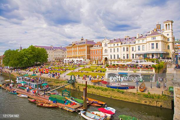 richmond upon thames - richmond upon thames stock pictures, royalty-free photos & images