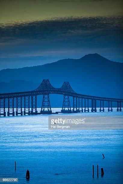richmond-san rafael bridge - east bay regional park stock pictures, royalty-free photos & images