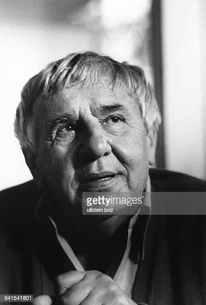 Richter, Hans Werner *-+Schriftsteller, DInitiator der 'Gruppe 47'- Portrait- undatiert