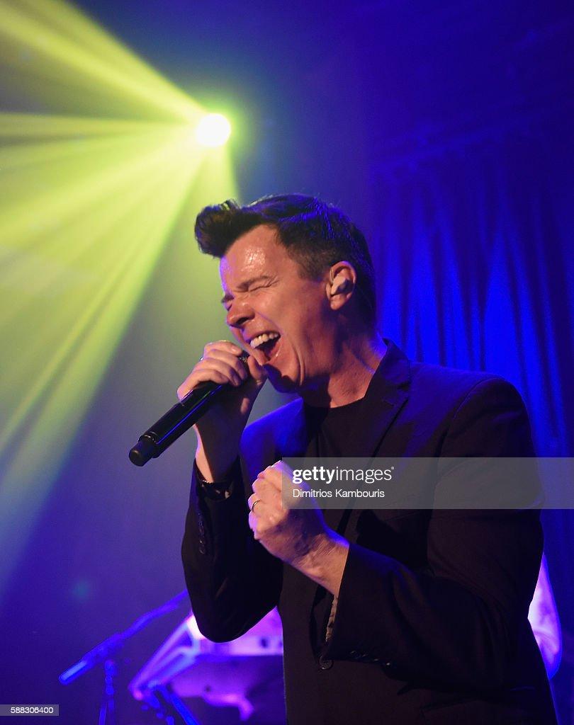 Rick Astley In Concert - New York, NY
